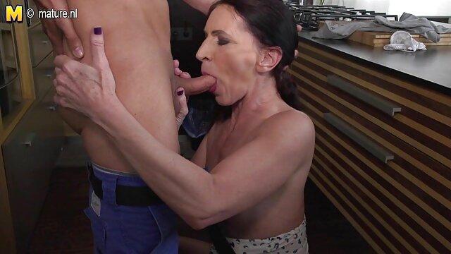 Pornografia sem registo  Samantha quero vídeo pornô de mulher gorda na sala do inferno