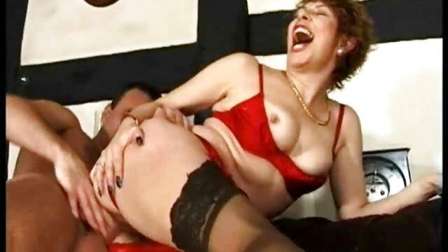 Pornografia sem registo  A Esguichar Orgasmos! video porno gratis com gordas