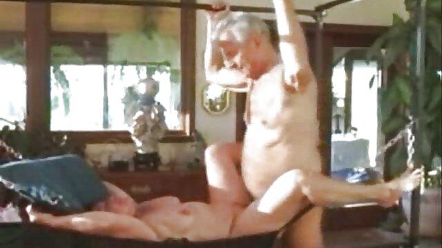 Pornografia sem registo  Molhado vídeo pornô com negras gordas e quente