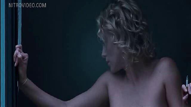 Pornografia sem registo  Desafio BDSM vídeo pornô só de mulher gorda 3