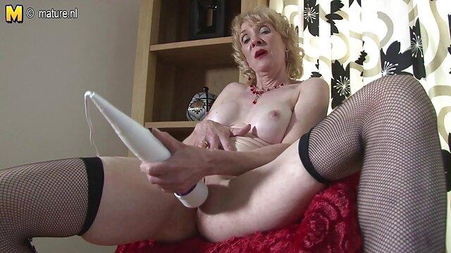 Pornografia sem registo  Satisfação BDSM perfeita para Veruki video de mulher gorda fazendo sexo James