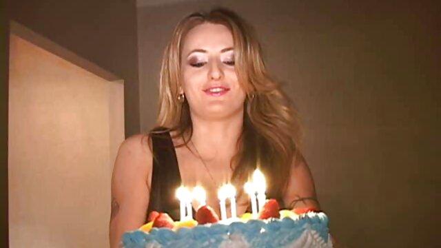 Pornografia sem registo  IR-3 de julho vídeo pornô das mulher gorda de 2015-Dia da Bonnie