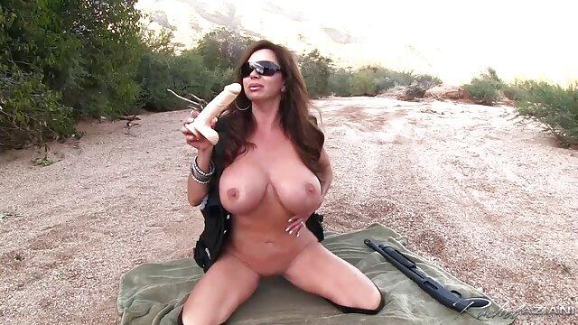 Pornografia sem registo  Conceitos de harmonia-testemunha hostil vídeo pornô de mulher morena gorda
