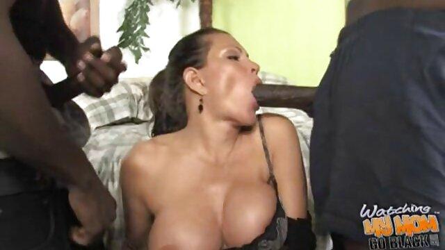 Pornografia sem registo  Sexy shame on face video porno de mulheres gordas