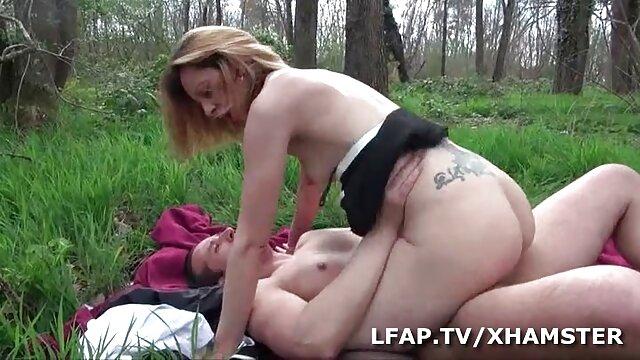 Pornografia sem registo  Lola Love filme de sexo de mulher gorda joga duro
