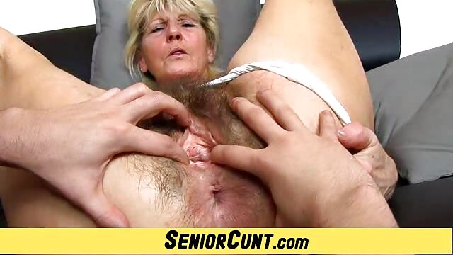 Pornografia sem registo  Angel Allwood em acção BDSM assistir filme pornô de mulher gorda