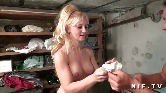 Pornografia sem registo  Satisfação bruta quero ver filme de pornô de mulher gorda caseira