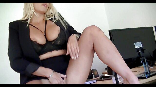 Pornografia sem registo  A fazer amor com a Sasha filme de pornô mulher gorda Claire Adams