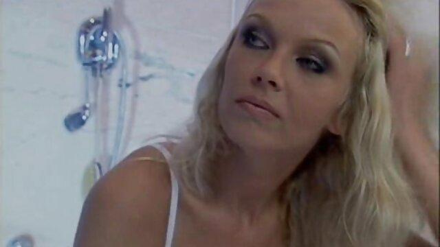 Pornografia sem registo  Calico domina lucky Mae, vídeo de pornô da mulher gorda que está animado para ver Calico lidar com ela