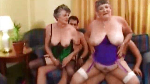 Pornografia sem registo  Bandas Capilares, lacagem nos dedos dos video pono de godas pés e gancho no nariz aromatizar Escravidão