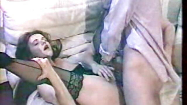 Pornografia sem registo  RTB-Cadence vídeo pornô caseiro de mulher gorda Cross, Nikki Darling-Jingle Sluts, part 2-22 February 2014-HD