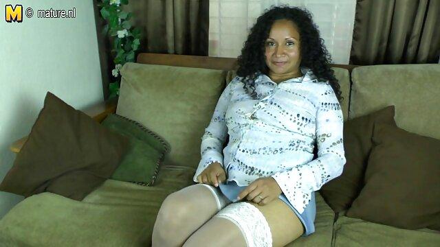 Pornografia sem registo  Krysta Khaos presa e rigidamente porno de mulher gorda torcida