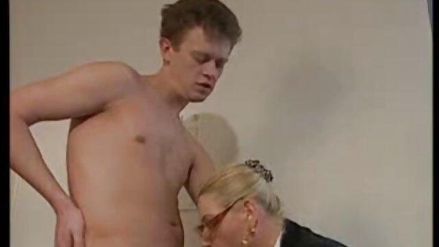 Pornografia sem registo  Cãibras vídeo de pornô de mulher gorda gostosa Quentes