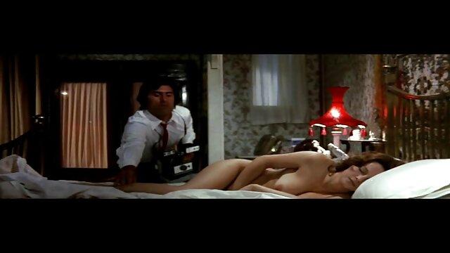 Pornografia sem registo  Realidade BDSM muito escuro e muito porno com mulher gordinha doloroso