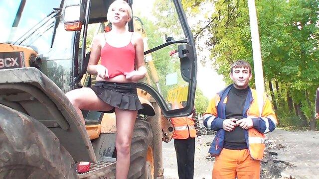 Pornografia sem registo  Mulheres bem amarradas fodidas e forçadas a chupar pilas em quero vídeo pornô de mulher gorda amarras amarradas