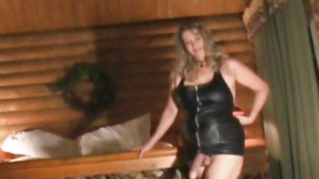 Pornografia sem registo  RTB-querido, vendado, enjaulado e mulher gorda fazendo porno puxado por uma pila! -1 de abril de 2014-HD