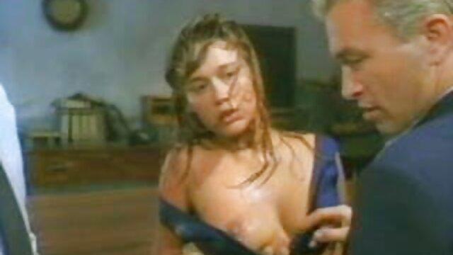 Pornografia sem registo  Castigas com dor vídeo de mulher gorda pornô