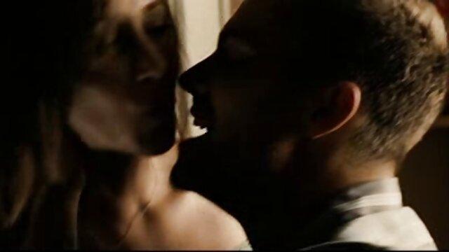 Pornografia sem registo  SB-31 de filme de sexo com mulher gorda julho de 2015-Madeleine Monroe, Matt Williams, maestro