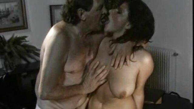 Pornografia sem registo  9-1 / 2: vídeo pornô de mulher gorda morena vinculação