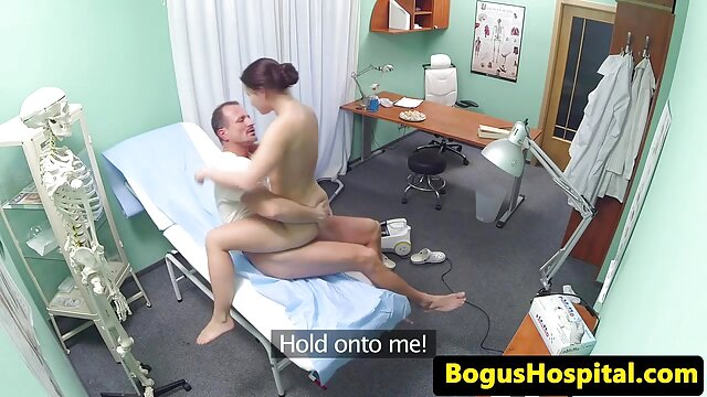 Pornografia sem registo  Amarras Hellish Zayda vídeo de pornô só de mulher gorda J Restless