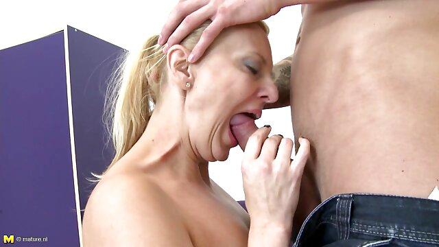 Pornografia sem registo  Stellar quero vídeo pornô de mulher gorda begging (2010))