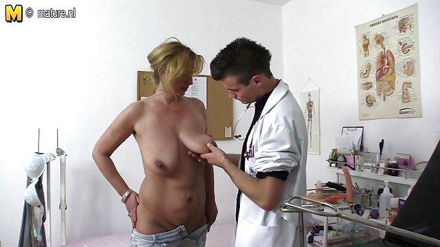 Pornografia sem registo  Real Bondage 125 videos de sexo com mulheres gordas
