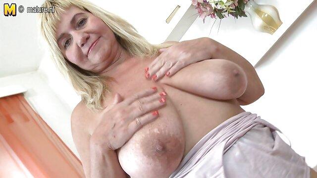Pornografia sem registo  Charlotte porno de mulher gorda