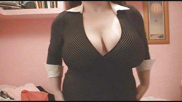 Pornografia sem registo  Coelhinho para um noviço pela primeira vez na filme pornô só de mulher gorda minha vida
