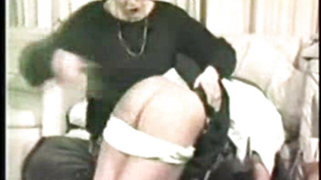 Pornografia sem registo  Prisioneiros vídeo de pornô das mulher gorda de Bondage 5