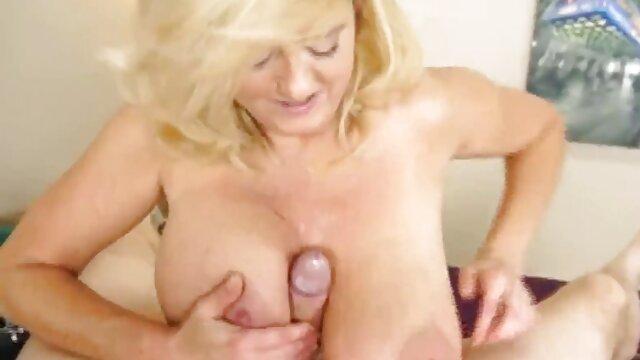 Pornografia sem registo  Sasha filme de pornô com mulher gorda no pussy rack