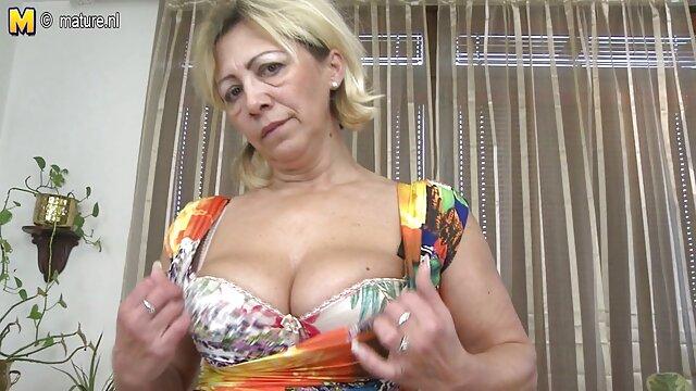 Pornografia sem registo  Sentimentos de paixão ver filme pornô das gordinhas (2013))