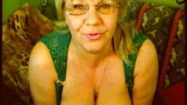 Pornografia sem registo  Faz de mim um escravo vídeo pornô com mulheres obesas forte