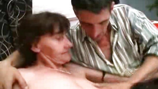 Pornografia sem registo  Vingança pessoal vídeo pornô com mulher gorda