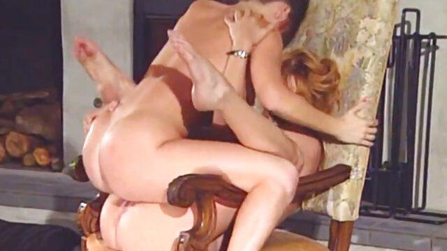 Pornografia sem registo  Campo porno das mulheres gordas de treino de Líderes de Claque