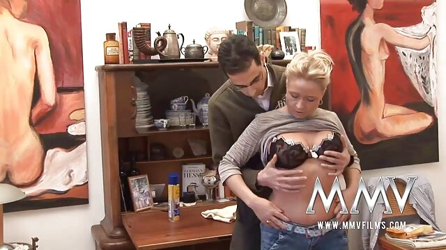 Pornografia sem registo  Spanker-2 lésbica vídeo pornô com mulher gorda brasileira clip.