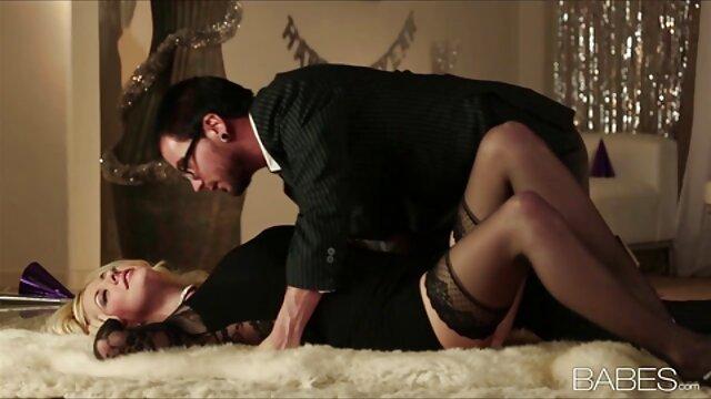 Pornografia sem registo  Diversão de vídeo de pornô de mulher gorda gostosa Dupla penetração