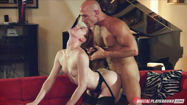 Pornografia sem registo  Mamilos vídeo pornô de mulher gorda se masturbando cortados da Andrea