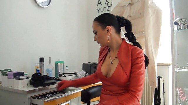 Pornografia sem registo  Dificuldades vídeo pornô de mulher gorda se masturbando extremas