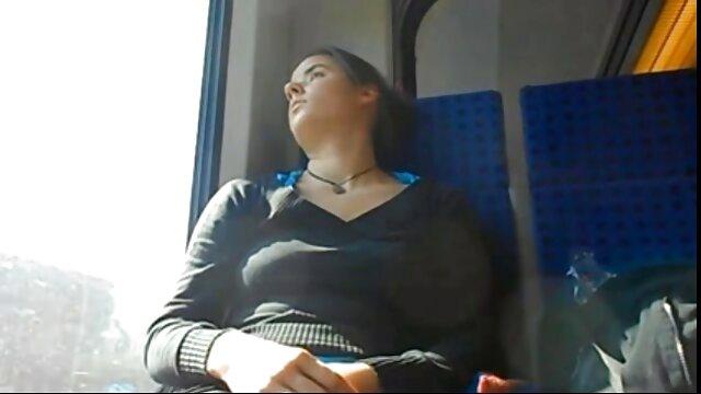Pornografia sem registo  Sua vídeo pornô com mulher gorda cabra borboleta parte dois