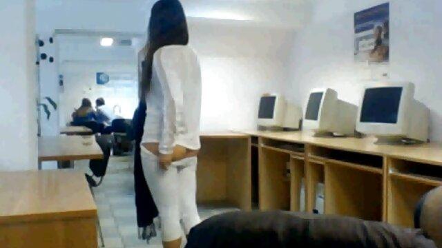 Pornografia sem registo  Em tempo real, querida, grandes orgasmos esguichadores e vídeo pornô caseiro de mulher gorda punição anal!
