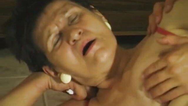 Pornografia sem registo  Anna Rose ver vídeo pornô de mulher gorda perfurada
