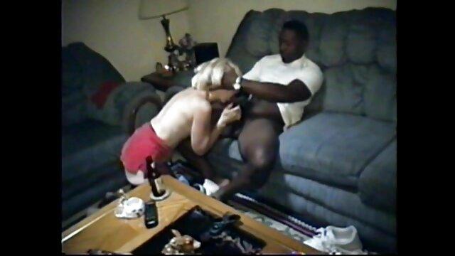 Pornografia sem registo  Foi violada, despida e atirada contra a filmes sexo gratis gordas parede, as pernas abertas e as ancas estreitas.