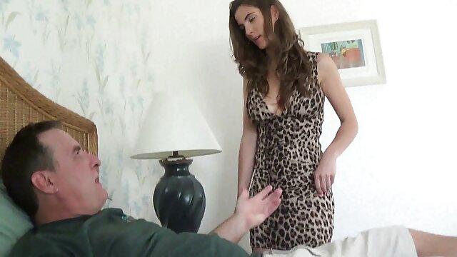 Pornografia sem registo  Kendra filme de sexo com mulher gorda e Natalie.