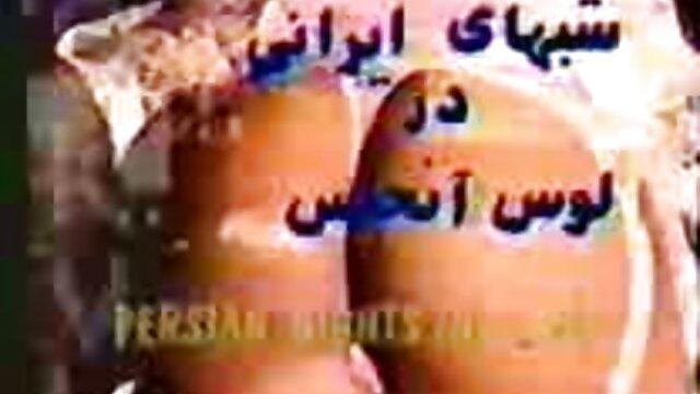Pornografia sem registo  Puta tatuada filme pornográfico de mulher gorda é fodida