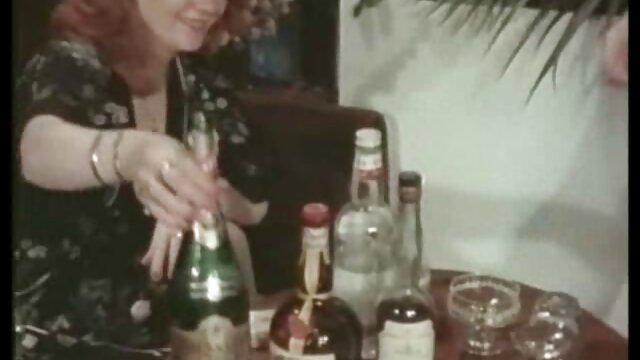 Pornografia sem registo  Forte domínio com Nikki vídeo de pornô mulher gorda Bell e Isa Mendez