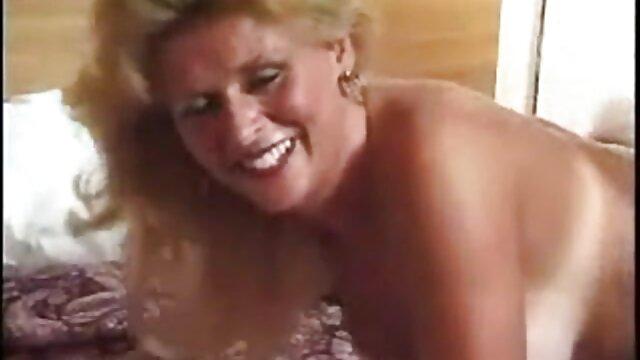 Pornografia sem registo  Emma Emmazing video pono de godas (2015))