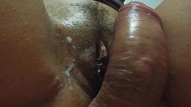 Pornografia sem registo  Anel amordaçado, vendado, crânio virado de casaco direito, fodido antes ver vídeo pornô de mulher gorda do espectáculo!