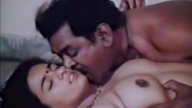 Pornografia sem registo  A loira Sexy vídeo pornô só de mulher gorda Madelyn Monroe está amarrada a Sybain e completamente destruída por uma pila!