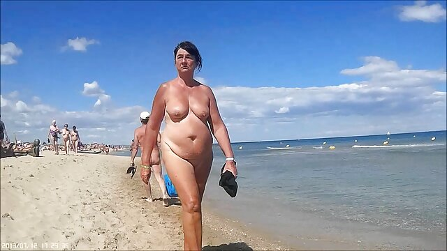 Pornografia sem registo  Loucura BDSM para cabras boazonas vídeo de pornô de mulher gorda