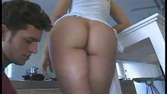 Pornografia sem registo  Cocktail de vídeo de pornô de mulher gorda morena ratas quentes